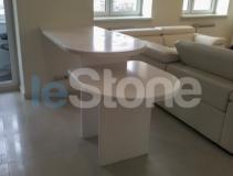 Двойная барная стойка из искусственного камня Samsung Staron