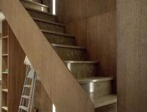 Лестница из искусственного камня с металлокаркасом